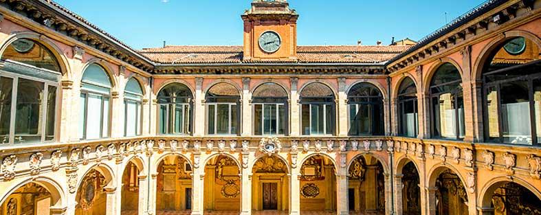 İtalya Bologna Üniversitesi